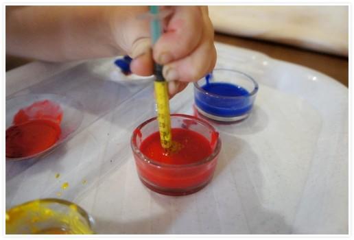 Эксперименты по смешиванию красок